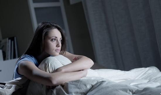 失眠怎么办?采取3种方法,安神助眠,帮助搞定失眠